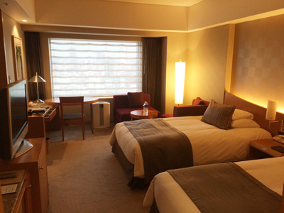 Tokyo_hotel-room1_2895-small