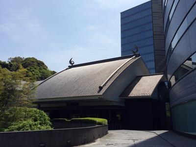 Tokyo_building-bird_3028-small